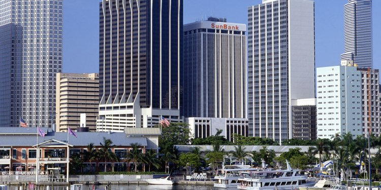 Junk Removal in Miami North | Junk King Miami North