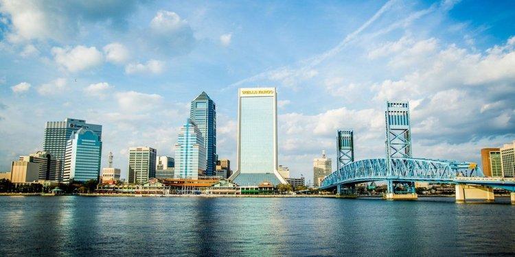 Junk Removal Jacksonville, FL — JunkRemoval.com
