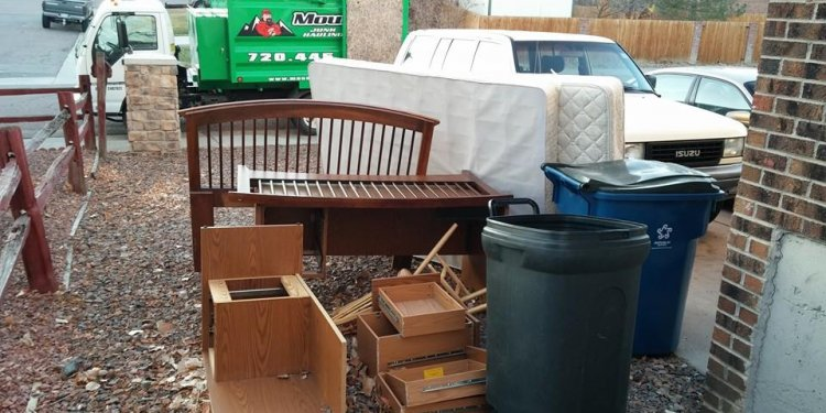 Junk Removal Lakewood CO - Mountain Men Junk Removal