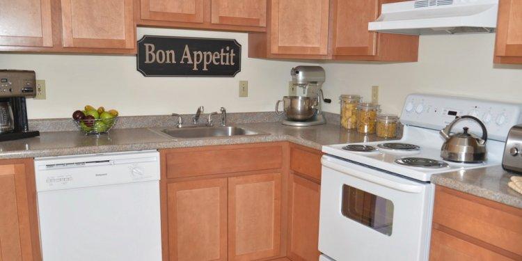 Oak Creek Apartments Rentals - Concord, NH | Apartments.com