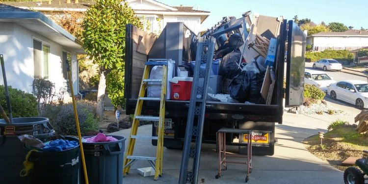 Photos for Diaz Hauling and Junk Removal - Yelp